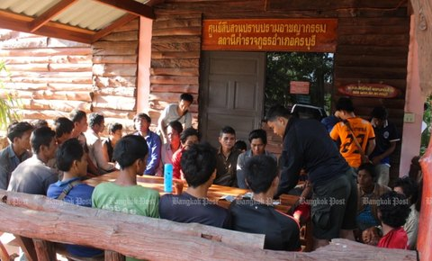 Thap Lan National Park Rosewood and Wildlife Poacher Arrests Surpass 200  Since Beginning of 2016 Under Global Park Defense Prog